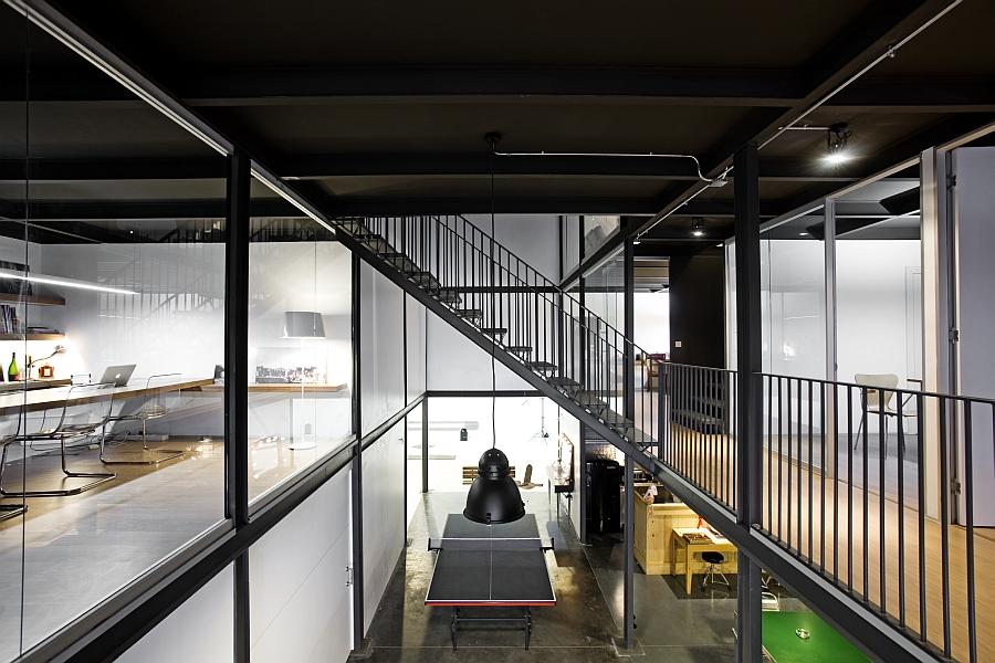Desain Kantor Dari Gudang Tua Yang Menakjubkan Desain Rumah Minimalis
